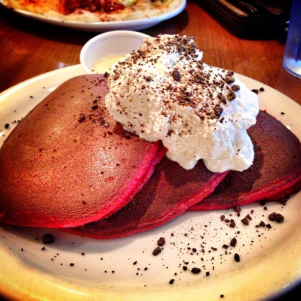 Red Velvet Pancakes With Cream Cheese Syrup @ BabyStacks Cafe #2