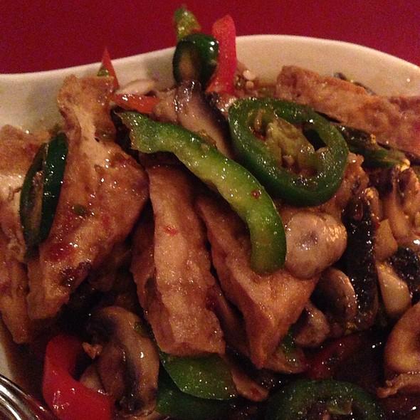 Basil Tofu With Vegetables @ Thai Basil