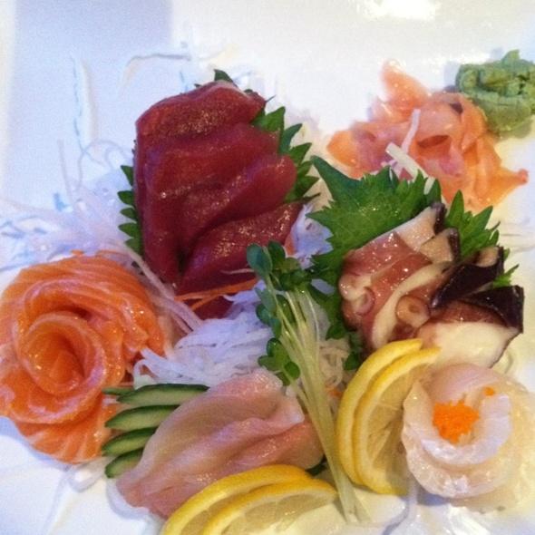 Sashimi @ Namiko's Sushi Bar & Japanese Restaurant