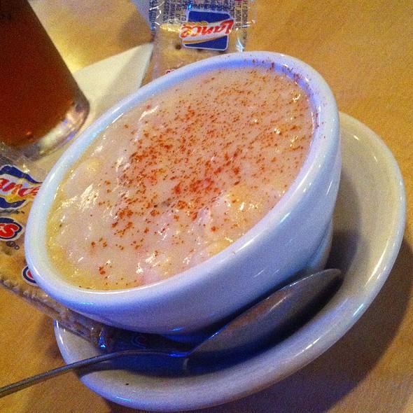 She Crab Soup  @ Sam & Omie's Restaurant