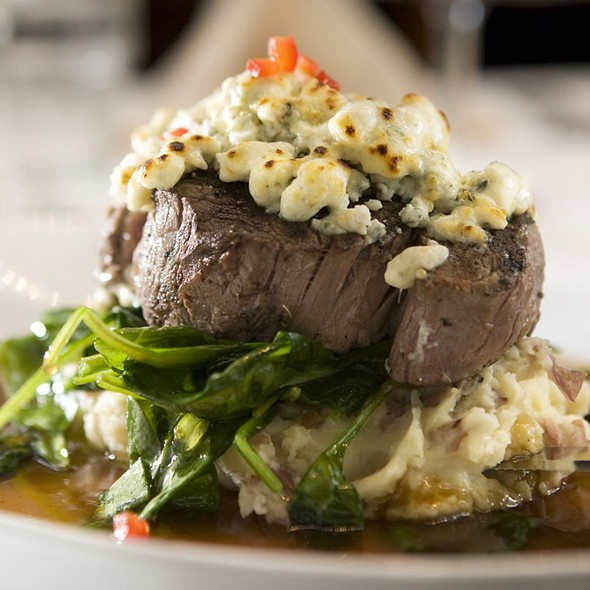 Filet with Spinach and Gorgonzola - Rosebud Theater District, Chicago