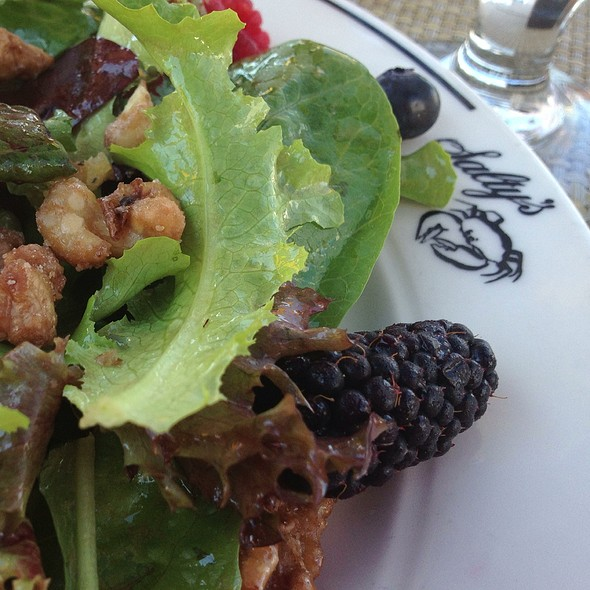 Summer Harvest Salad - Salty's at Redondo Beach, Des Moines, WA