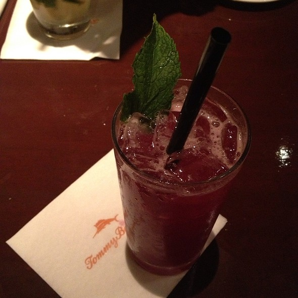 Hibiscus Lime Cooler @ Tommy Bahama Restaurant, Bar & Store