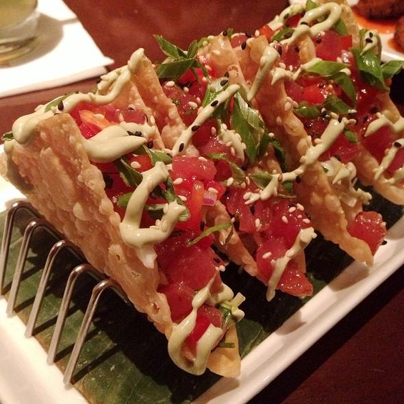 Ahi Tuna Tacos @ Tommy Bahama Restaurant, Bar & Store