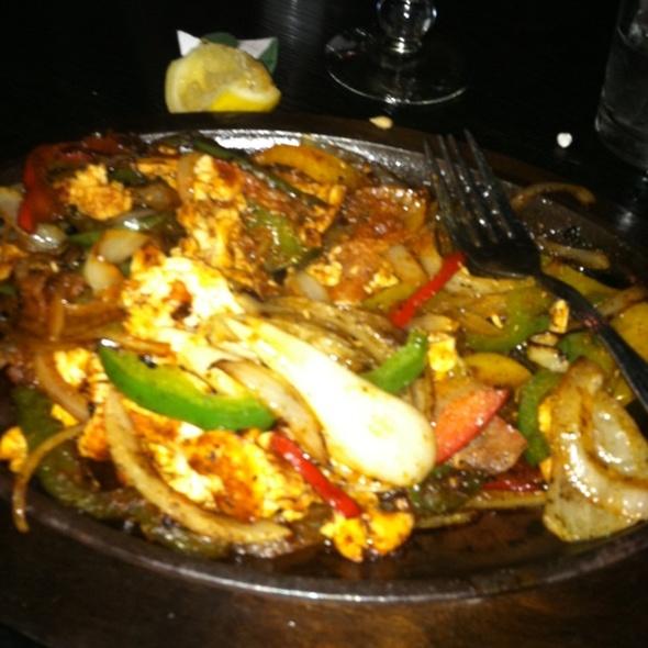 Chicken Fajitas @ La Cha