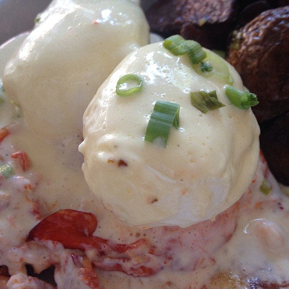 Lobster Eggs Be @ Lobster Joint