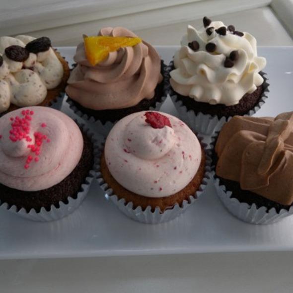 Cupcakes @ Sparkles Cupcakes
