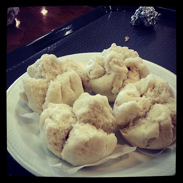 Bbq pork steam buns @ Hongkong food