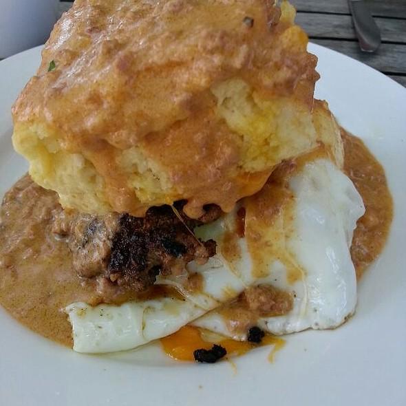 Breakfast Sandwhich @ The Farmhouse