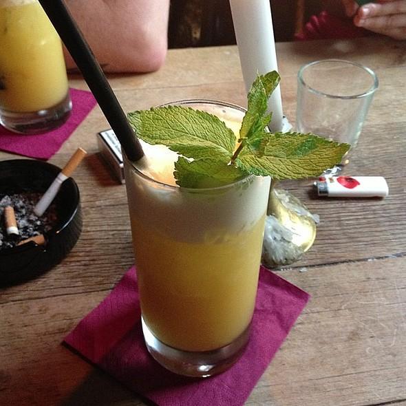 This. Tequila, vodka, white rum, dark rum, pineapple juice and coconut. HELLO! @ Bellman Bar