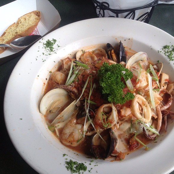 Cioppino @ The Lobster Pot
