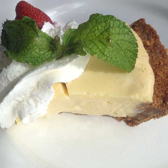 Key Lime Pie @ The Lobster Pot