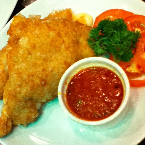 Mozzarella Panzerotti @ New York Pizza Palace