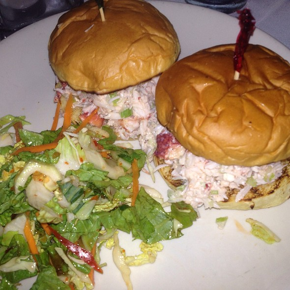 Lobster Sliders @ Seafood Grill @ Waterford Inn