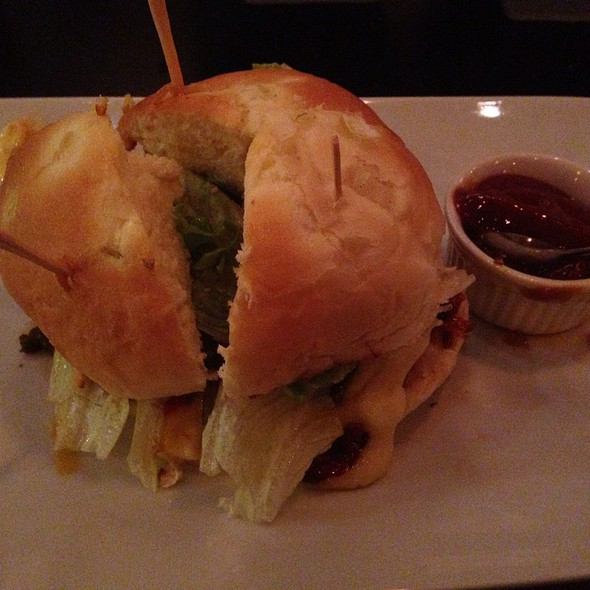 İstanbul Burger @ Vapor Burger