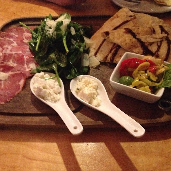 Food Platter - Ricardo's Restaurant, Lacey, WA