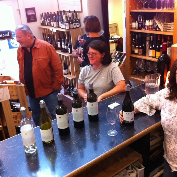 Free Thursday Wine Tastings @ West Seattle Cellars