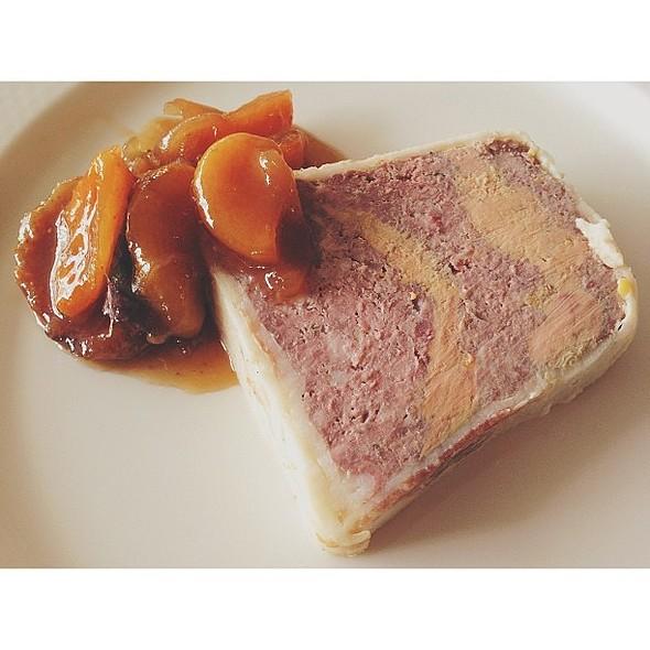 Pate de campagne m/ foie gras, figner & abrikoser i ahornsirup @ Paté Paté