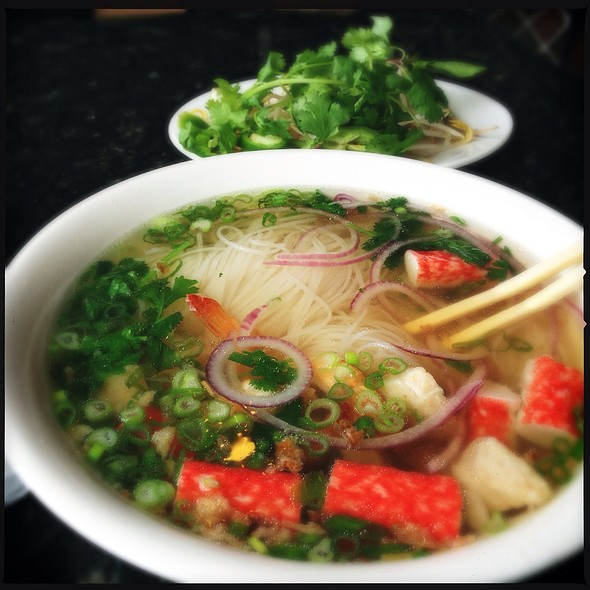 Pho Seafood @ Phở Huy Restaurant