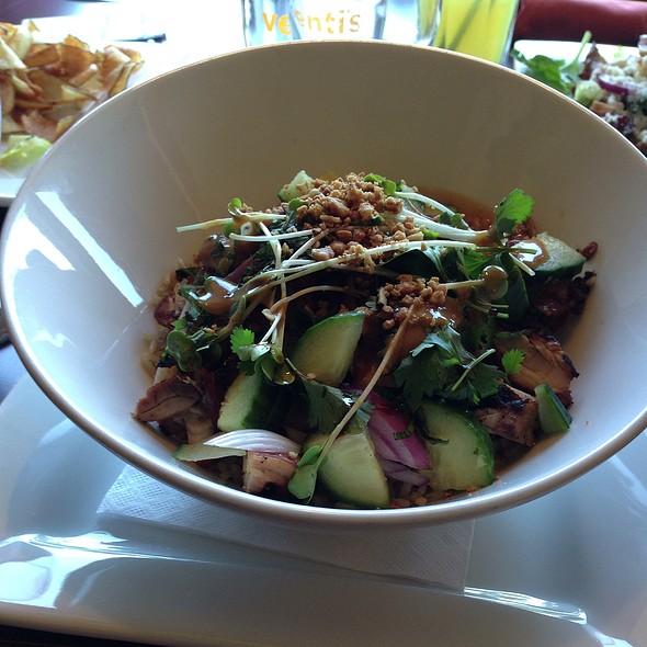 Chicken Thai Peanut Bowl add veggies - Venti's Cafe & Taphouse, Salem, OR