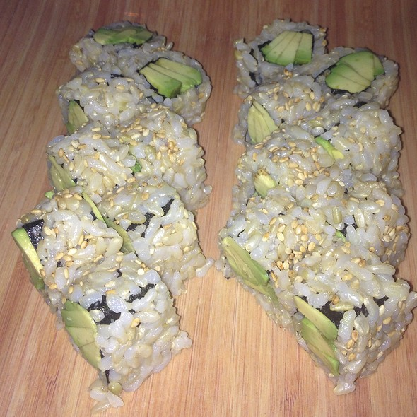 Brown rice avocado sushi - Tomatoes, Margate, NJ