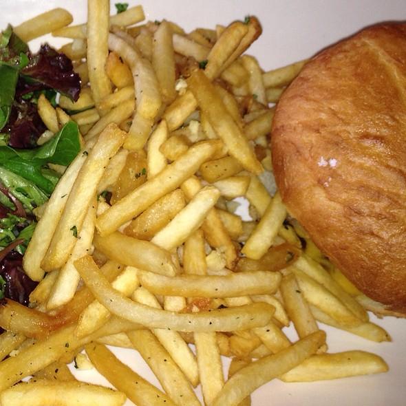 Hamburger & Garlic Fries - The Good Fork - Morgan Hill, Morgan Hill, CA