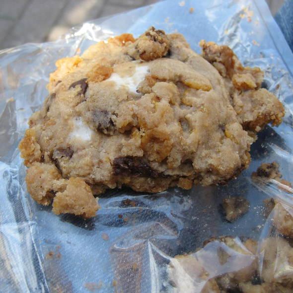 Cornflake cookie @ Momofuku Ssam Bar