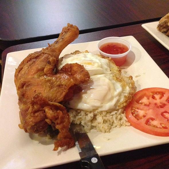 fried chicken @ Kenkoy's Grill