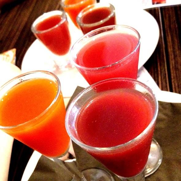 Flight Of Antioxidant Shots - Fig Tree Cafe - Hillcrest, San Diego, CA