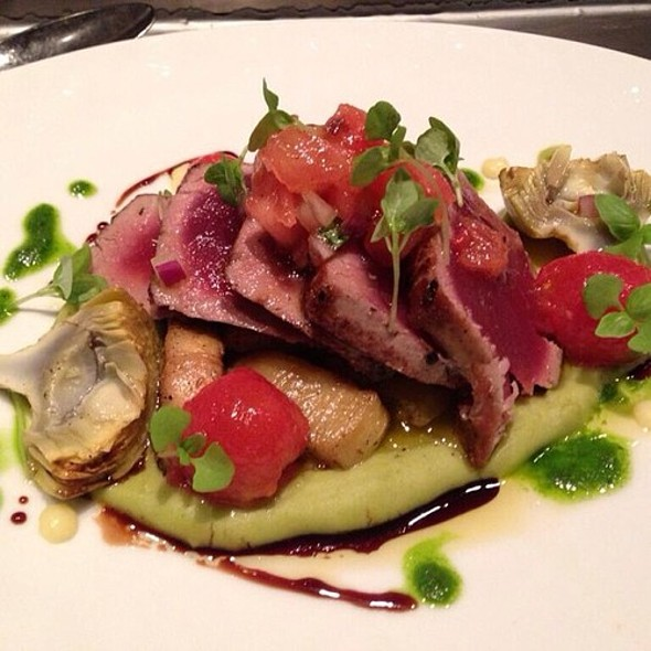 Big eye tuna with fava bean purée, tomatoes and artichokes @ Wolfgang Puck American Grille