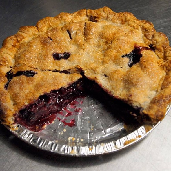 mixed berry pie @ Street Delights