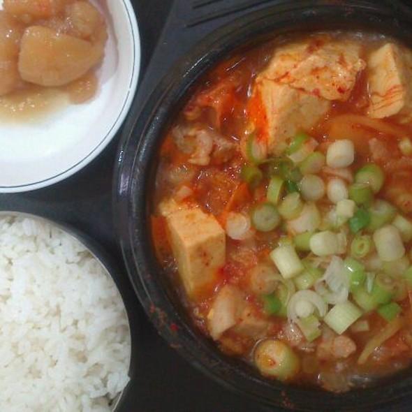Kimchi Soup @ Matt Zzang