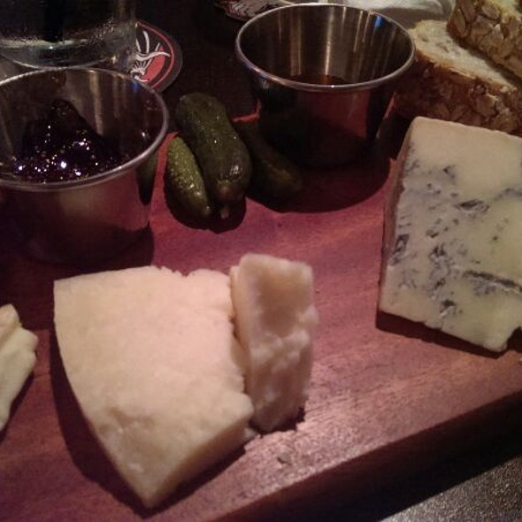 Cheese Plate @ Mikro Beer Bar