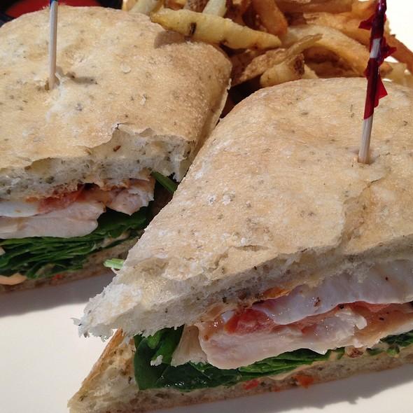 Grilled Chicken Sandwich @ Sangria