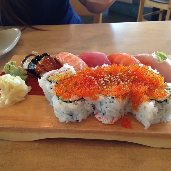 Sushi Box @ Sushi House