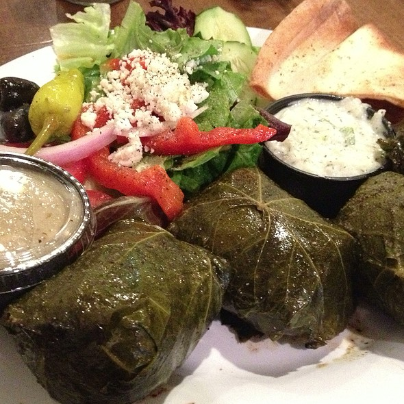 Dolmades Plate