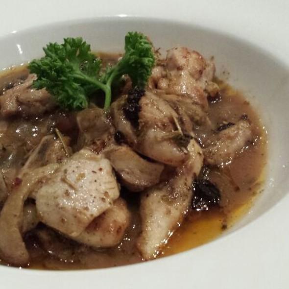Tokyo Boneless Chicken @ Tokyo Cafe