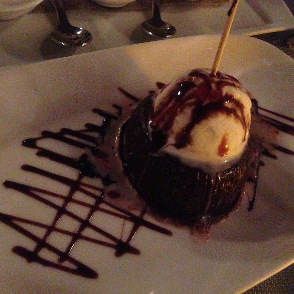 Molten Chocolate Lava Cake - Wine 30, New York, NY