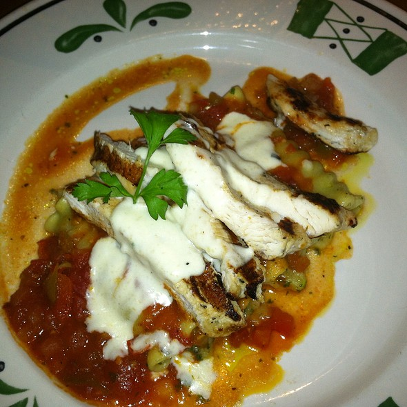 Lasagna Primavera With Grilled Chicken At Olive Garden