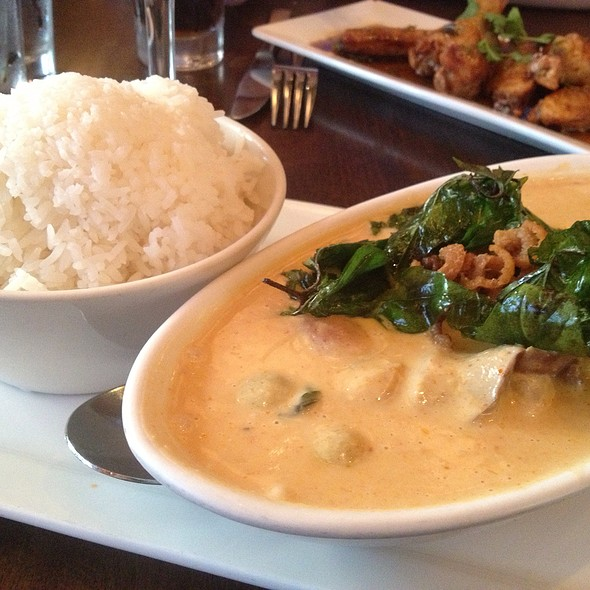 Duck Curry. - Kindee Thai Restaurant, Minneapolis, MN