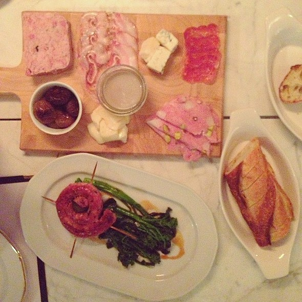 Let the feasting begin! Homemade sausage and salumi @Impasto_Mtl @ Impasto