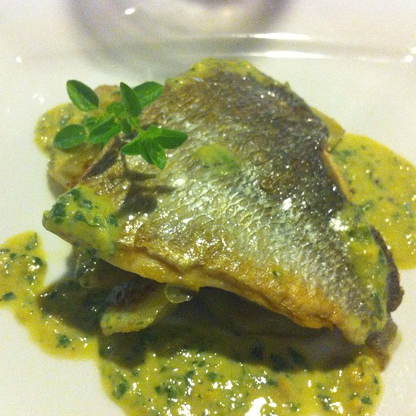 Orata Con Topinanbour E Crema Di Vongole @ Atlas Coelestis Restaurant