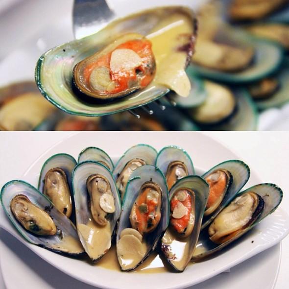 Pot Of Mussels @ Arbite