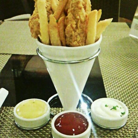 Chicken Fingers @ Dolce Latte Quezon Avenue