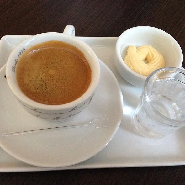 Espresso @ Empada Brasil