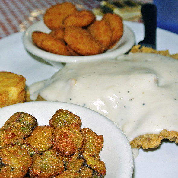 Chicken Fried Steak @ Pop's Place