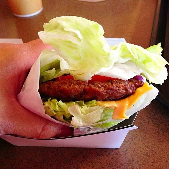@ Carl's Jr. / Green Burrito