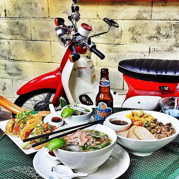 Beating the heat Vietnamese style. @ An Nhau