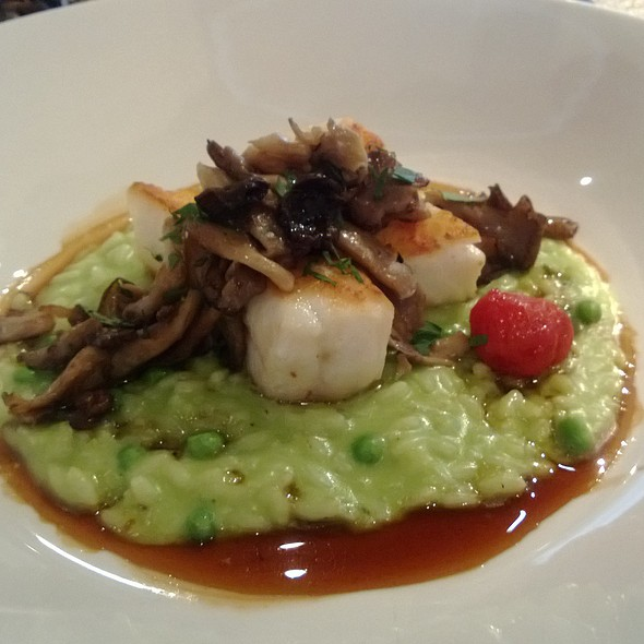 Sea bass with pea risotto and black truffle sauce - Quattro - Four Seasons Hotel - Houston, Houston, TX