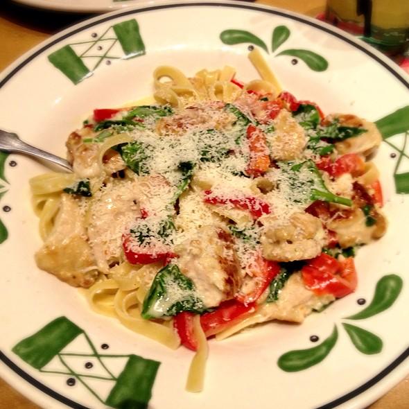 Tuscan Chicken @ Olive Garden